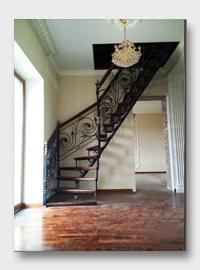 Железная лестница Есенино. Установлена в Троицке