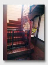 Деревянная лестница Андреанково. Установлена в Звенигороде
