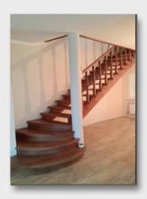 деревянная лестница Турово. Установлена в городе Ступино