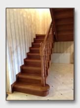 Деревянная лестница Боровский. Установлена в Балабаново